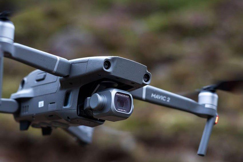Flycam có công nghệ phát hiện va chạm đa hướng giúp tránh vật cản