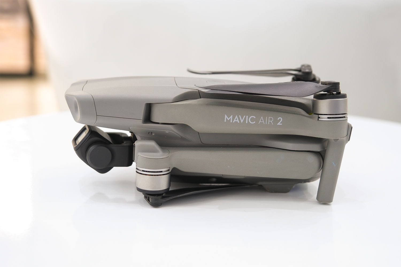 Mavic Air 2 nhìn từ bên trái