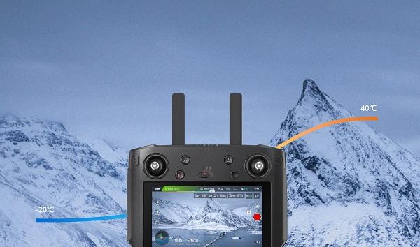 DJI Smart Controller hoạt động trong thời tiết khắc nghiệt