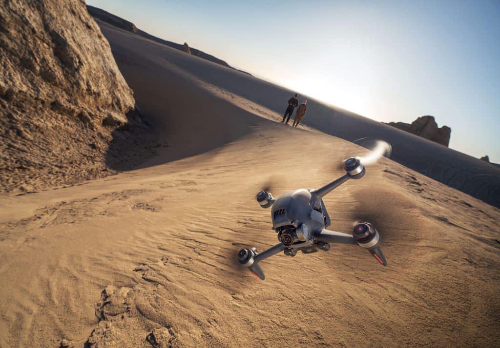 DJI FPV Drone bay thông minh hơn