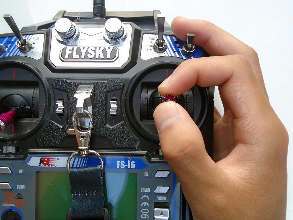 Kiểm soát joystick bằng phương pháp Pinch