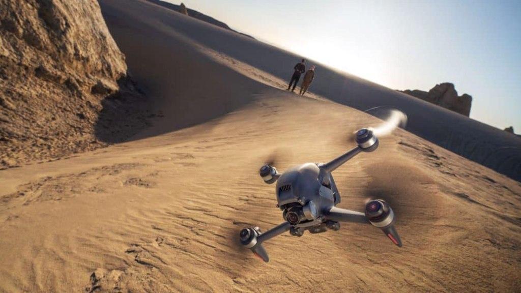 DJI FPV Drone vừa có khả năng đua, vừa có khả năng đạt được hình ảnh rõ nét
