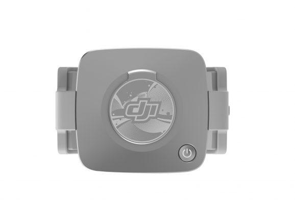 Phụ kiện Kẹp điện thoại DJI OM Fill Light hỗ trợ trong điều kiện thiếu sáng